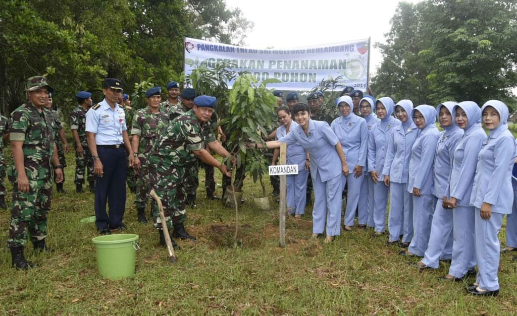 Lanud Smh Laksanakan Gerakan Tanam 1000 Pohon