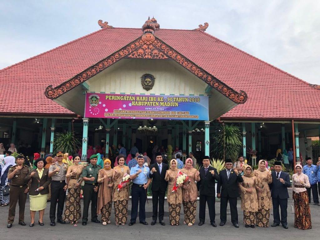 Komandan Lanud Iswahjudi, Hadiri Peringatan Hari Ibu di Pendopo Kab. Madiun