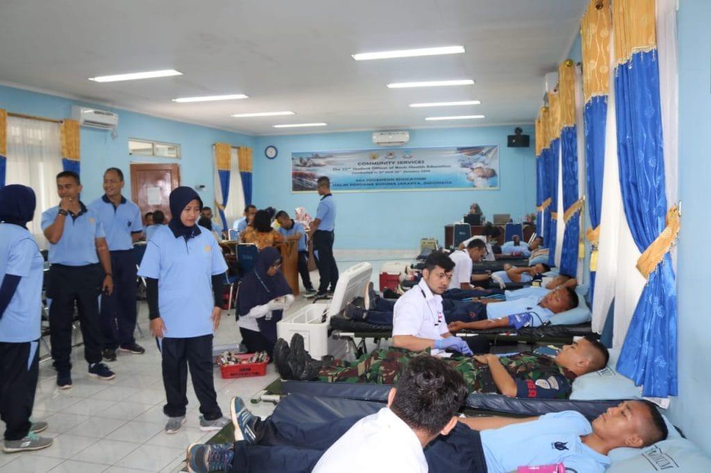 """""""Masyarakat Sehat Bersama TNI AU"""" di Skadik 504 Wingdikum"""