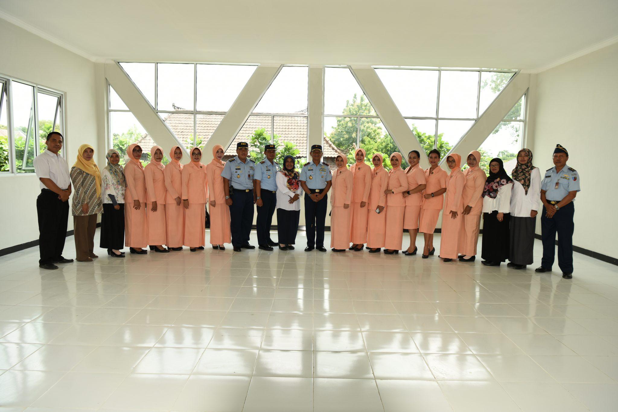 Gedung Baru Perpustakaan dan Ruang Praktek SMK Penerbangan AAG Lanud Adisutjipto diresmikan