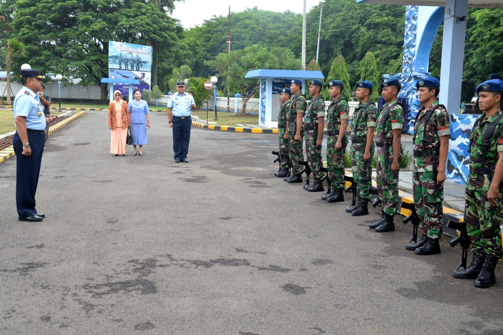 Kunjungan Kerja Pangkoopsau II di Lanud Muljono