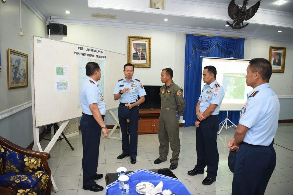 Lanud Sultan Hasanuddin Patroli Udara Pantau Banjir