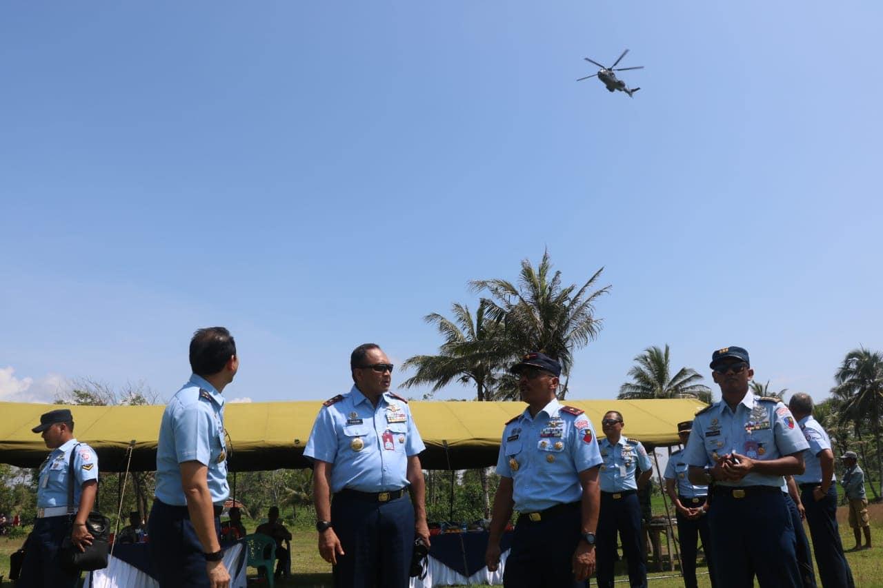 Latihan Penembakan Gunnery di AWR Salatri
