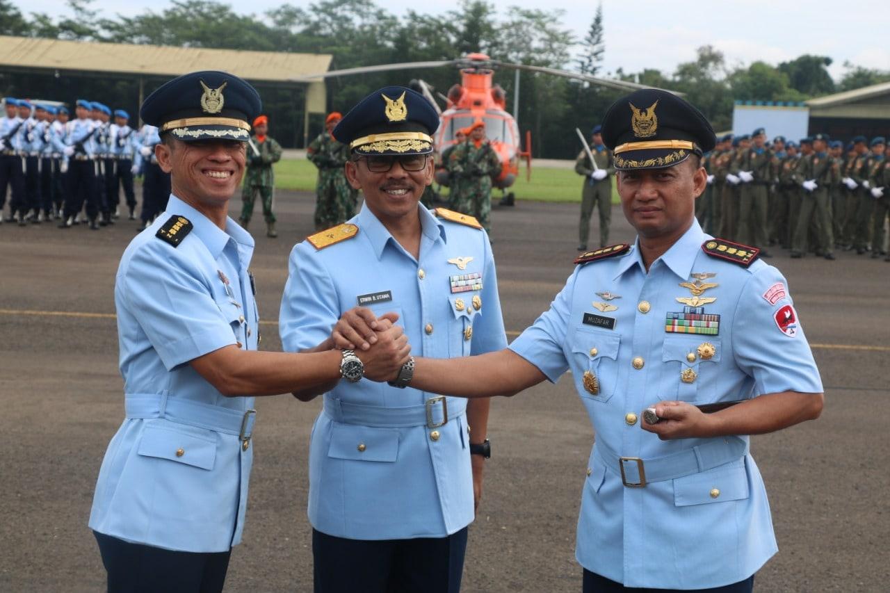 Jabatan Komandan Wing Udara 4 Lanud Atang Sendjaja di Serahterimakan