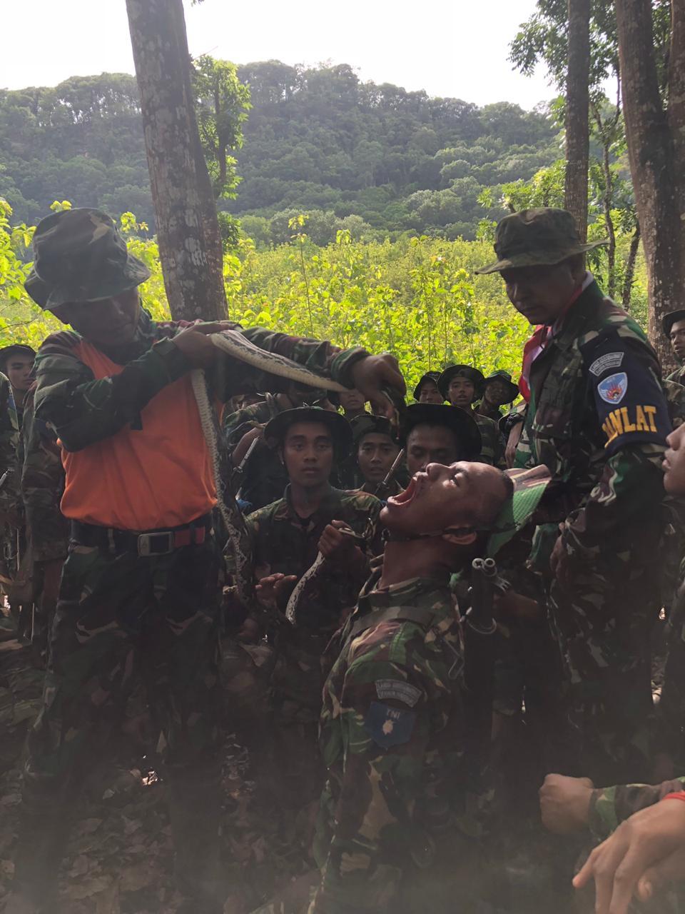 Prasis Semaba PK Pria TNI AU Angkatan ke-43 Ikuti Survival