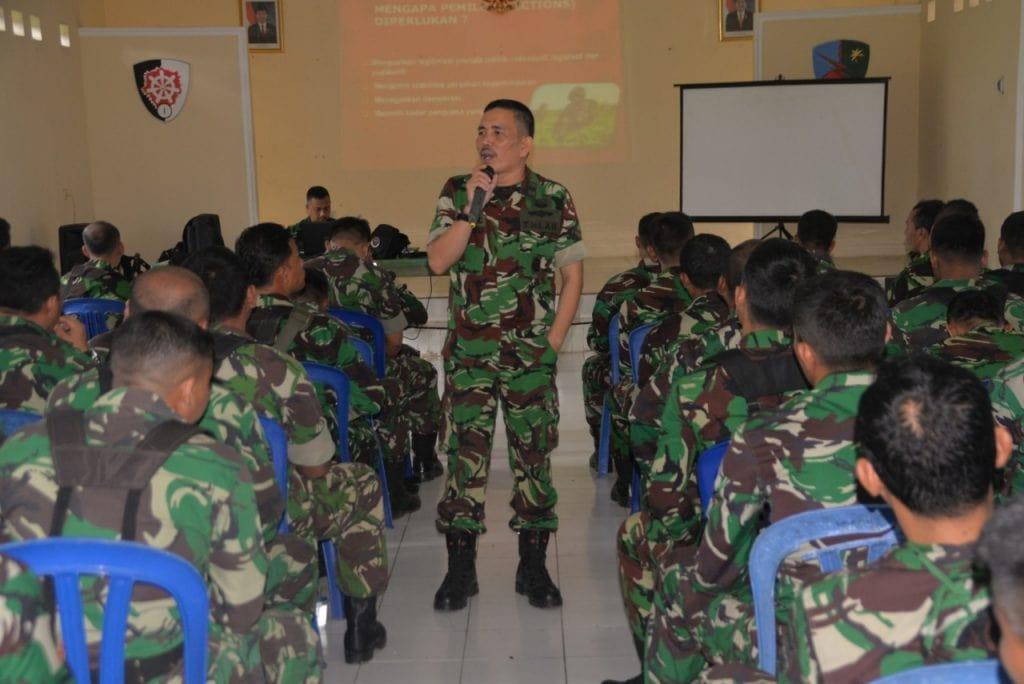 Ceramah Netralitas TNI pada Pengamanan Pemilu di Lanud Atang Sendjaja
