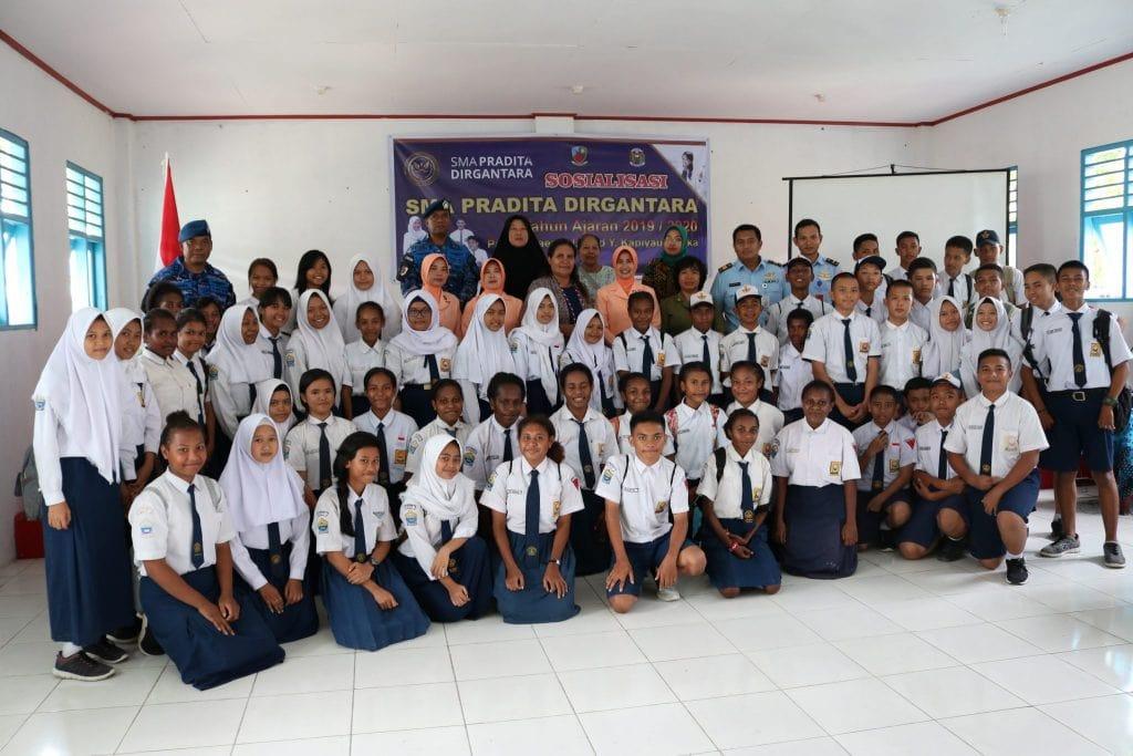 Yasarini Cabang Lanud Timika Laksanakan Sosialisasi SMA Pradita Dirgantara