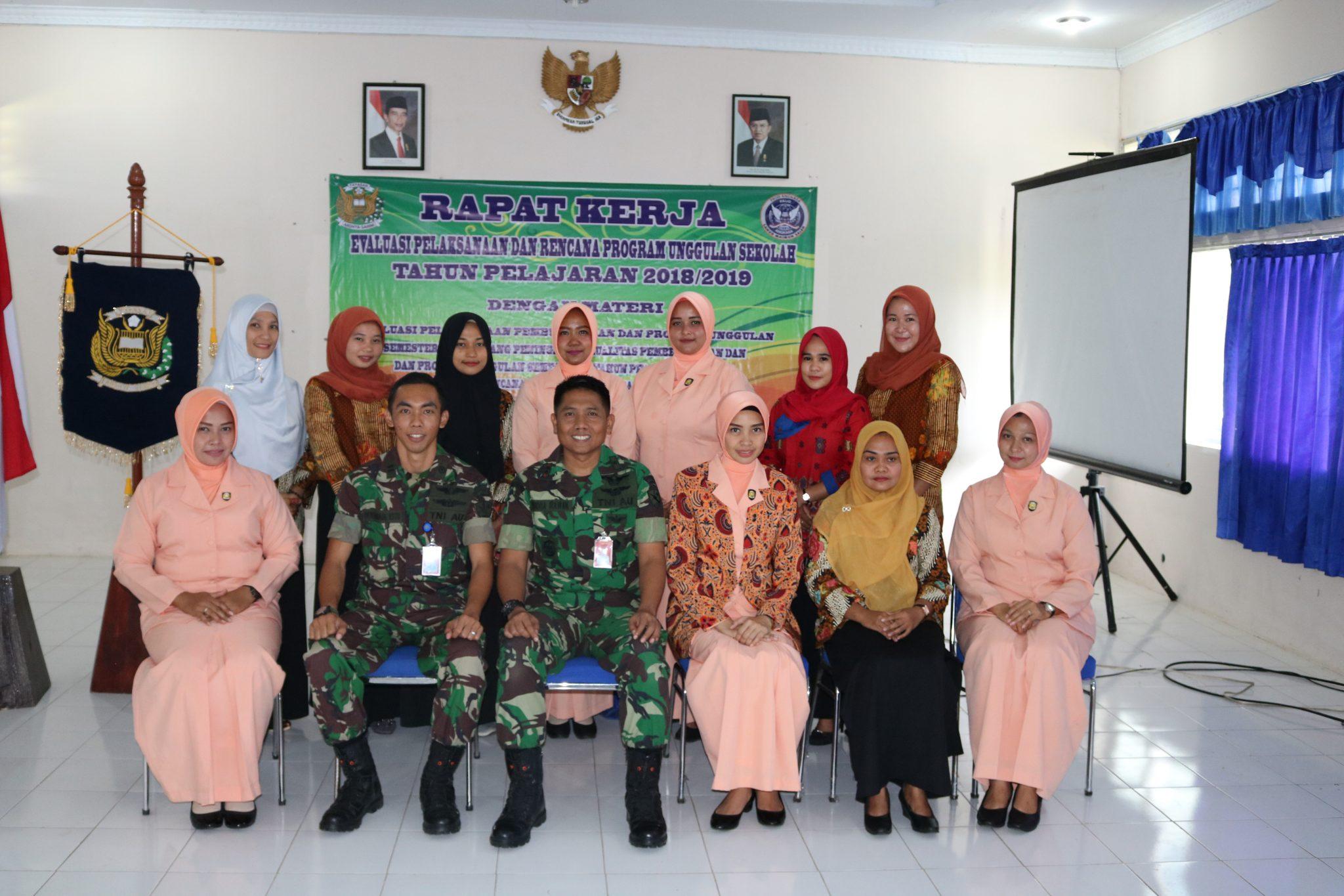 Rapat Kerja Dan Evaluasi Pelaksanaan Dan Rencana Program Sekolah Angkasa Lanud Maimun Saleh.