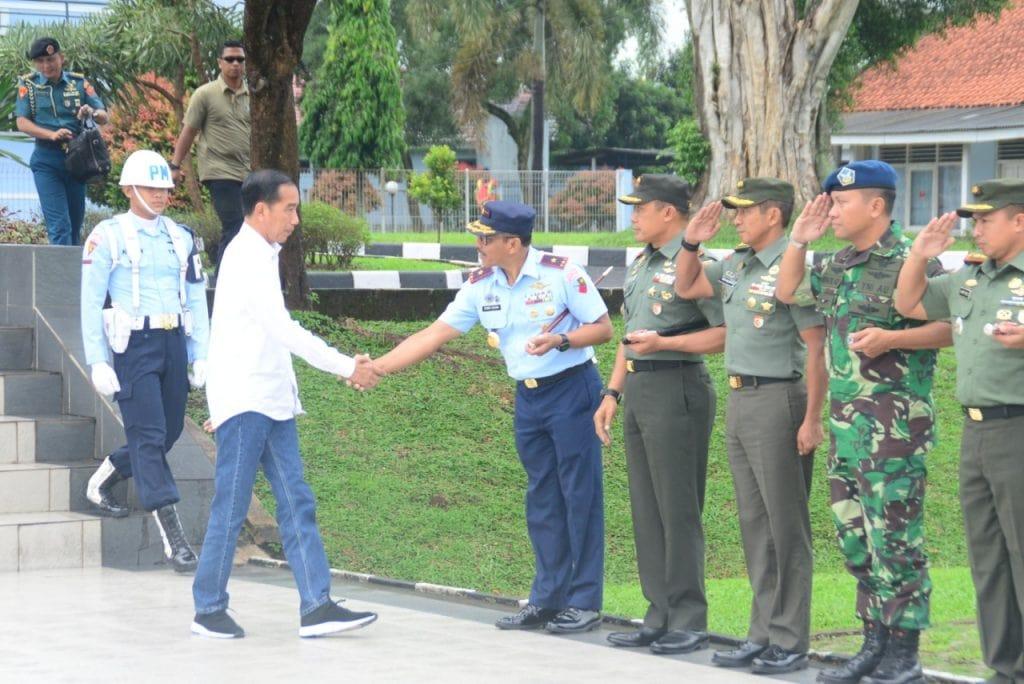Presiden RI Kuker ke Bekasi Melalui Lanud Atang Sendjaja