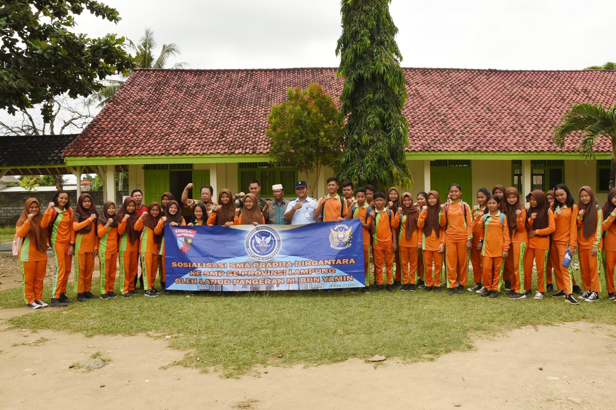 Lanud Pangeran M. Bun Yamin Mensosialisasikan SMA Pradita Dirgantara ke SMPN se-Kabupaten Tulang Bawang.