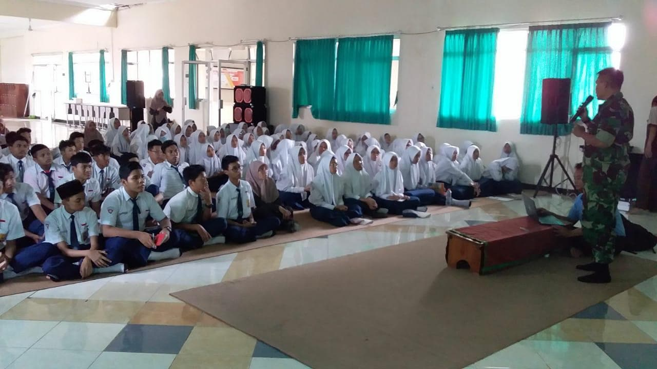 Lanud Abd Saleh Menggelar Sosialisasi SMA Pradita Dirgantara di SMP Sabilillah Malang