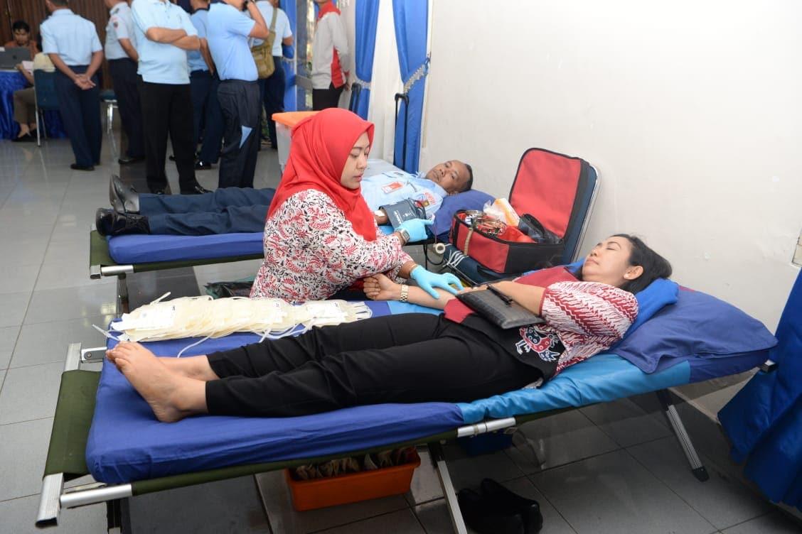Personil Lanud Halim Perdanakusuma Sumbangkan Darah ke PMI