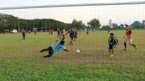 Jalin Soliditas, Lanud Sim Sepak Bola Bersama Pemuda Bung Bakjoe