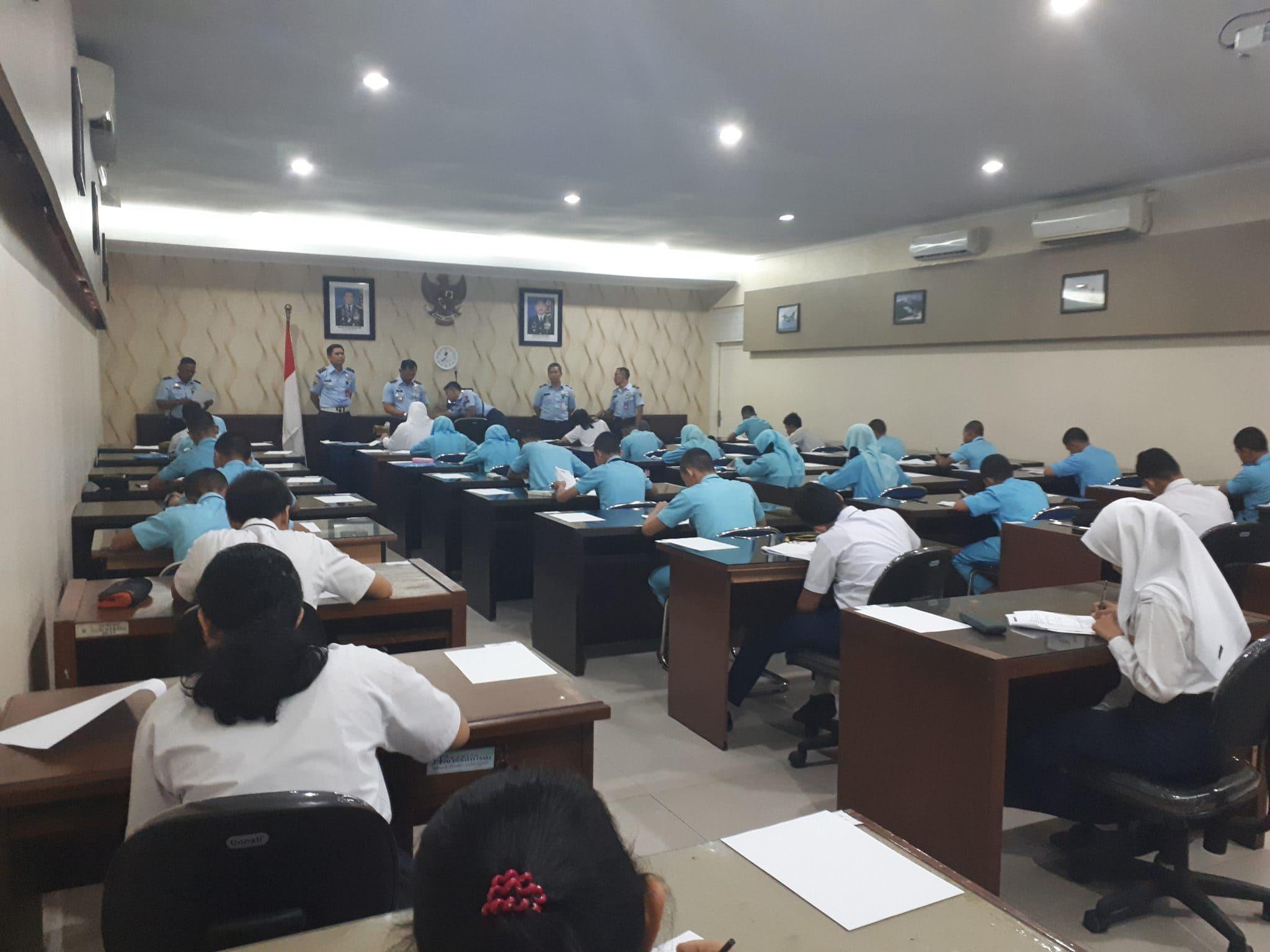 34 Peserta Seleksi PPDB SMA Pradita Dirgantara Wilayah Medan Mengikuti Tes Daerah