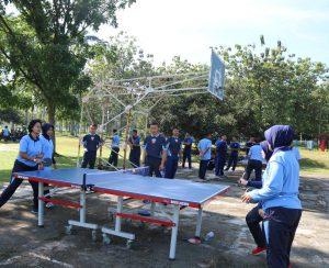Olahraga bersama antap dan siswa Wingdikum
