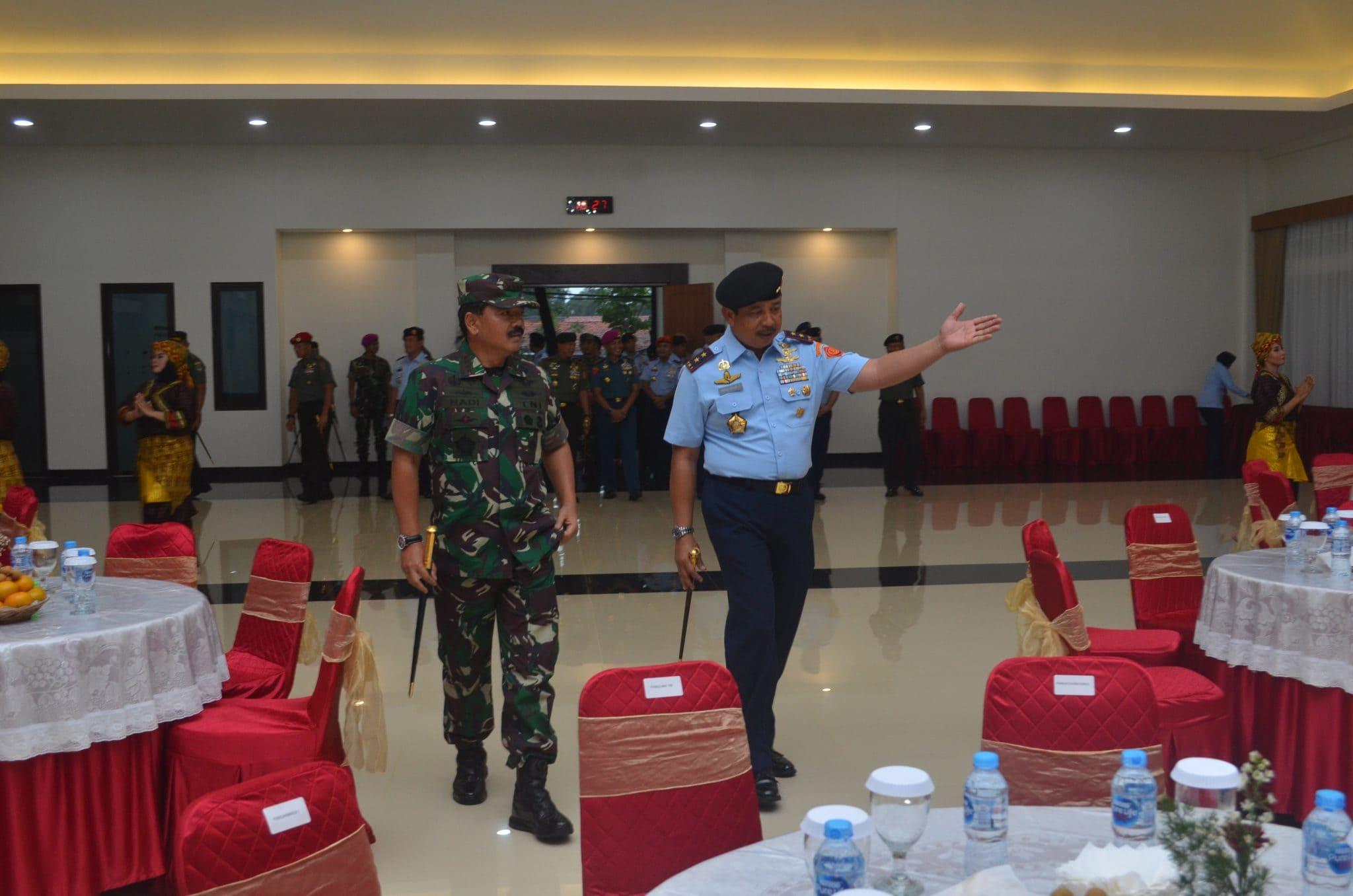 Panglima TNI Resmikan Restorasi Gedung Leo Wattimena Markas Kohanudnas
