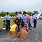 Tradisi Passing In Sambut Kedatangan Pangkosekhanudnas IV