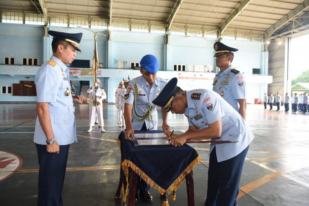 "Letkol Pnb Wanda ""Russell"" Surijohansyah Jabat Komandan Skadron Udara 11"