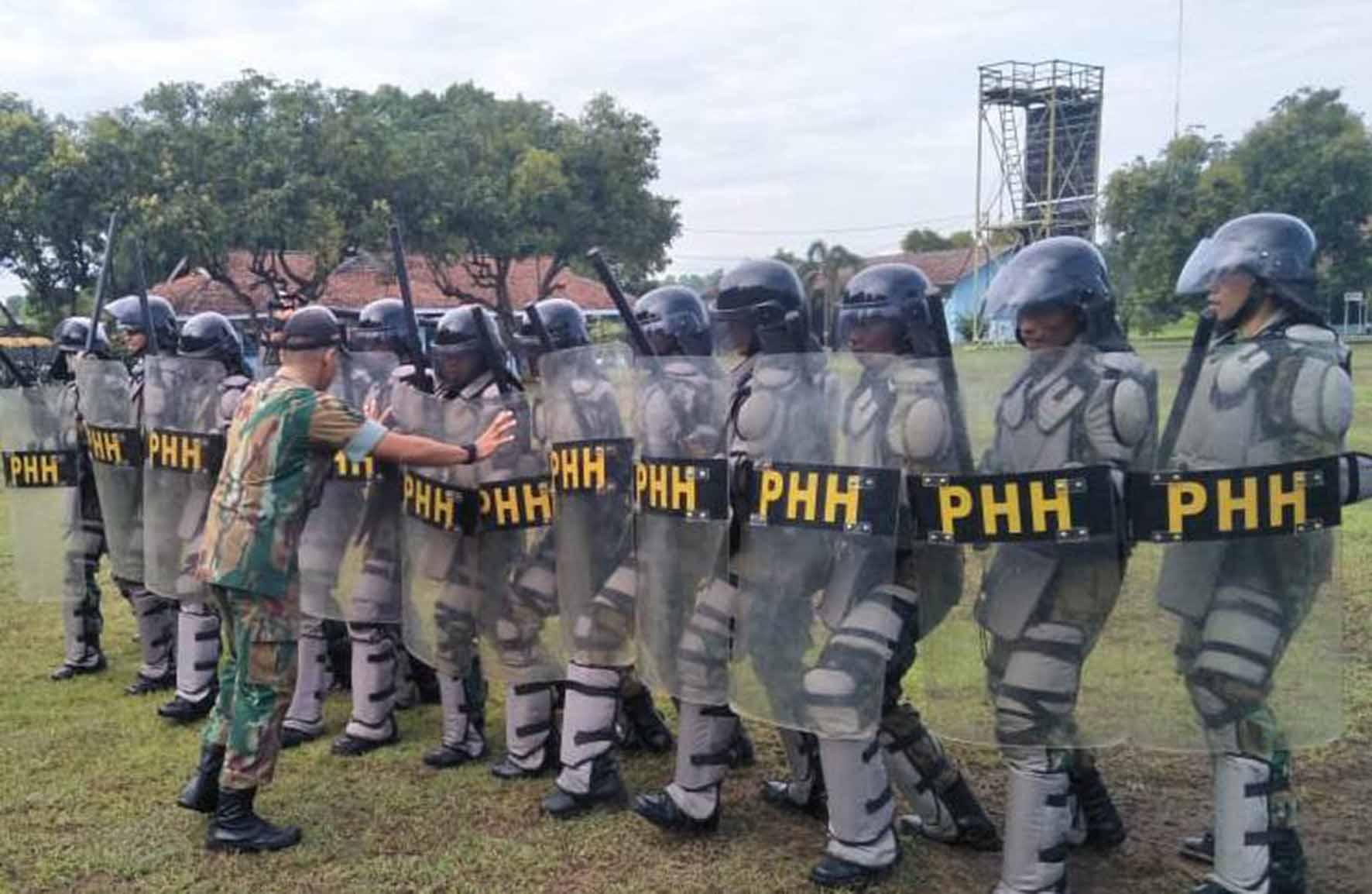Latihan PHH Yonko 463 Paskhas