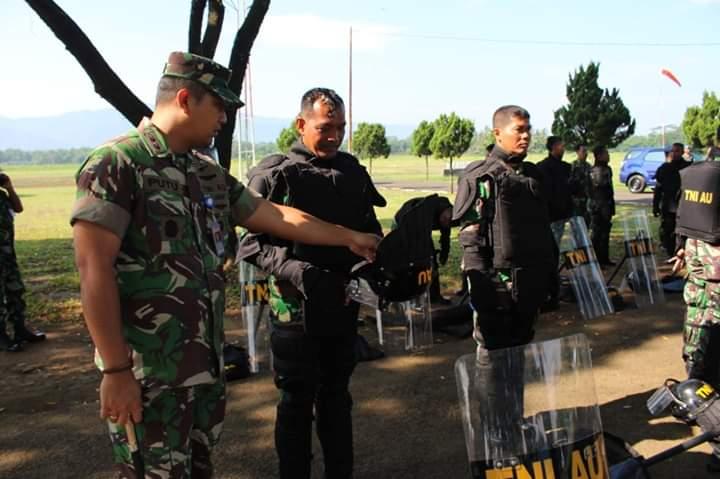 Latihan Pengamanan Pemilu Pilpres 2019 di Lanud J.B. Soedirman