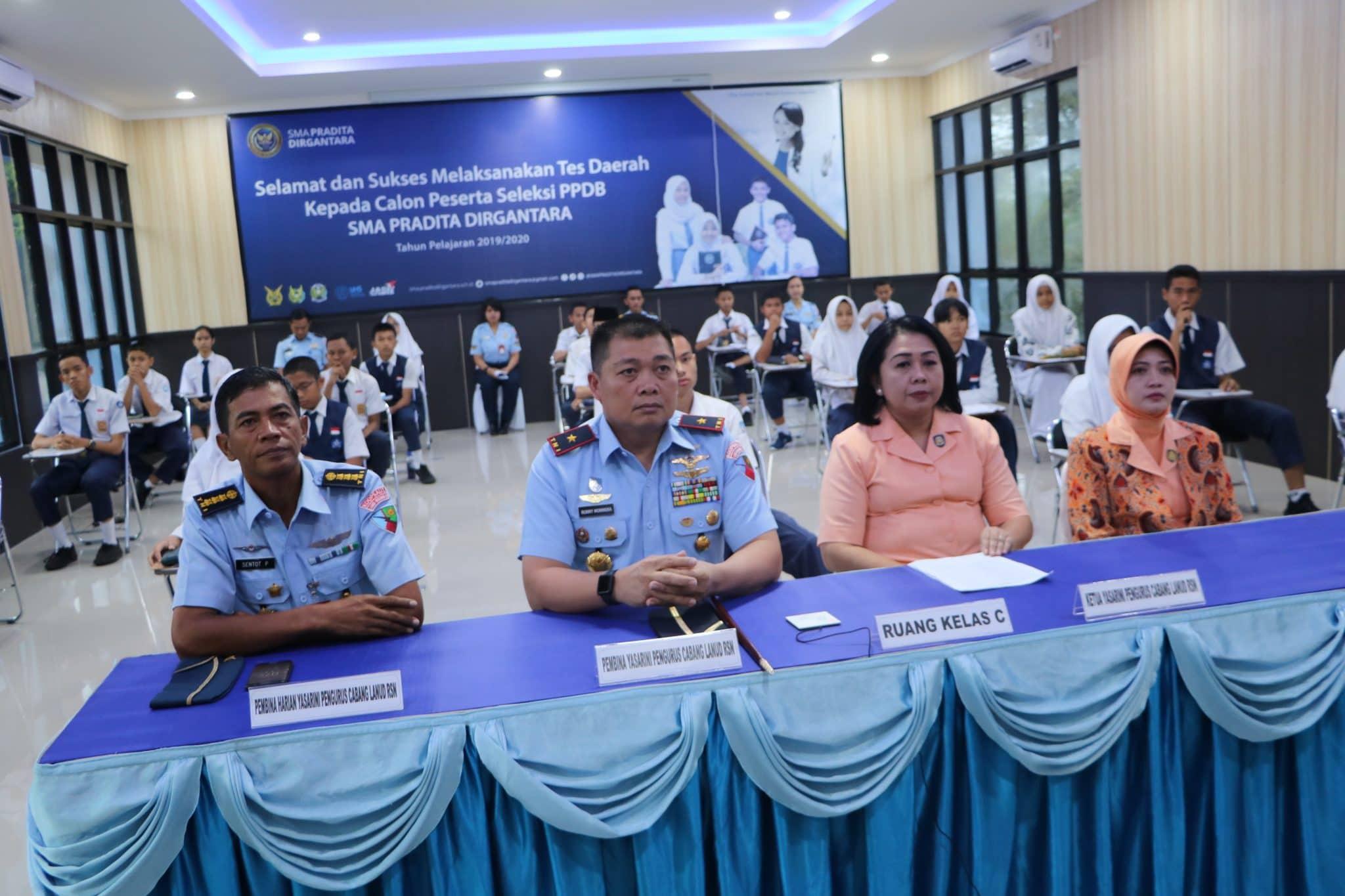 65 Calon Siswa-Siswi Ikuti Tes Seleksi Daerah PPDB SMA Pradita di Lanud Rsn