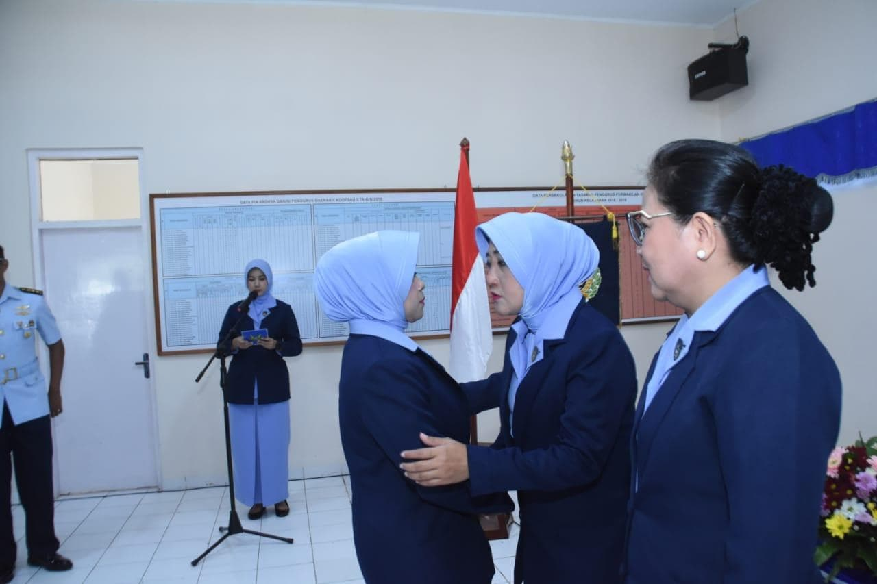 Ny. Cynthia Peggy Hesly Paat Resmi Pimpin PIA Ardhya Garini Cabang 3 Daerah II Lanud Abdulrachman Saleh