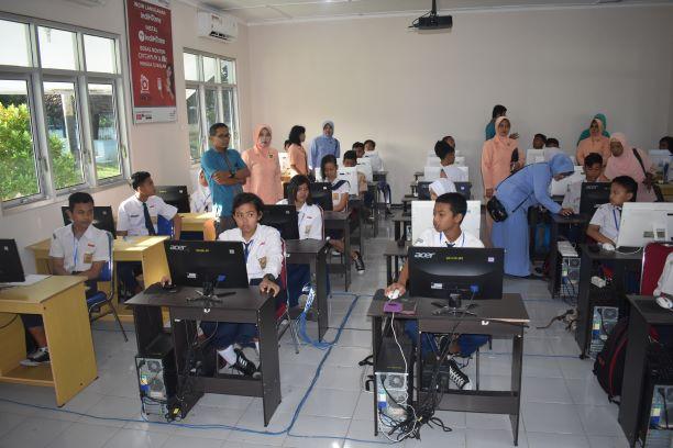 Hadapi Ujian Nasional, SMP Angkasa Lanud Smo Ikuti Try Out Online