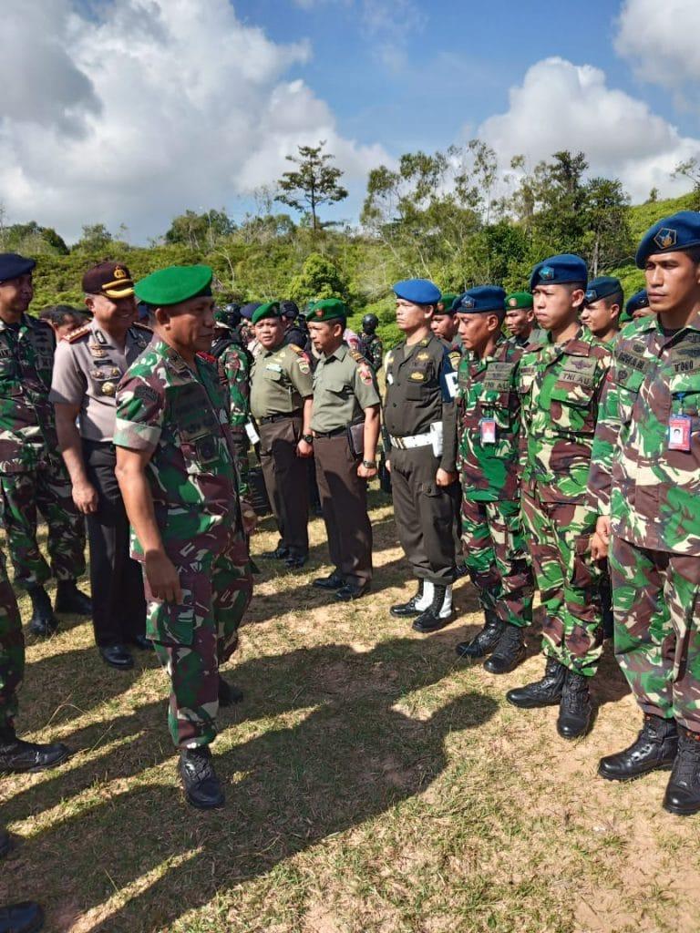Lanud Rhf Kirimkan Pasukan Pengamanan Kunjungan RI 2 ke Batam