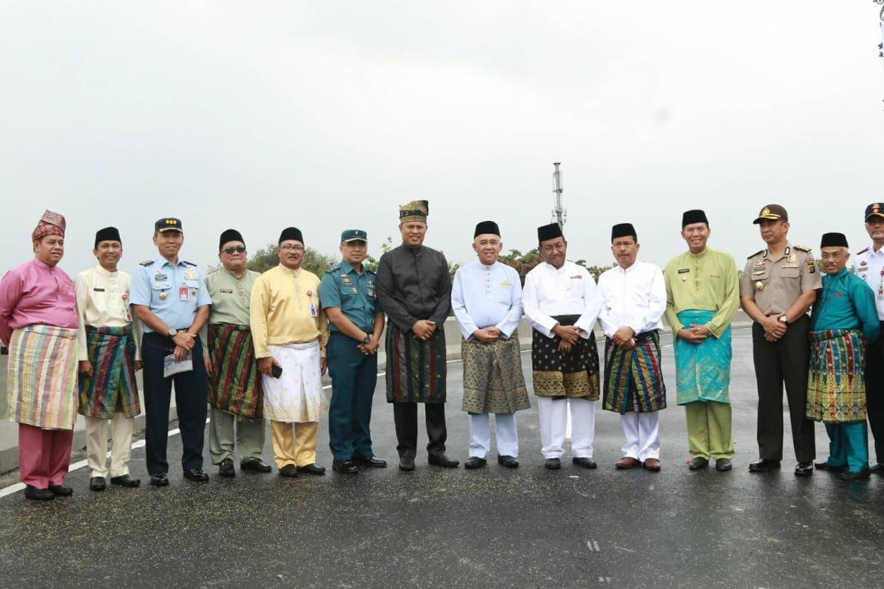 Kadisops Lanud Rsn Hadiri Persesmian Flyover dan Jembatan di Pekanbaru