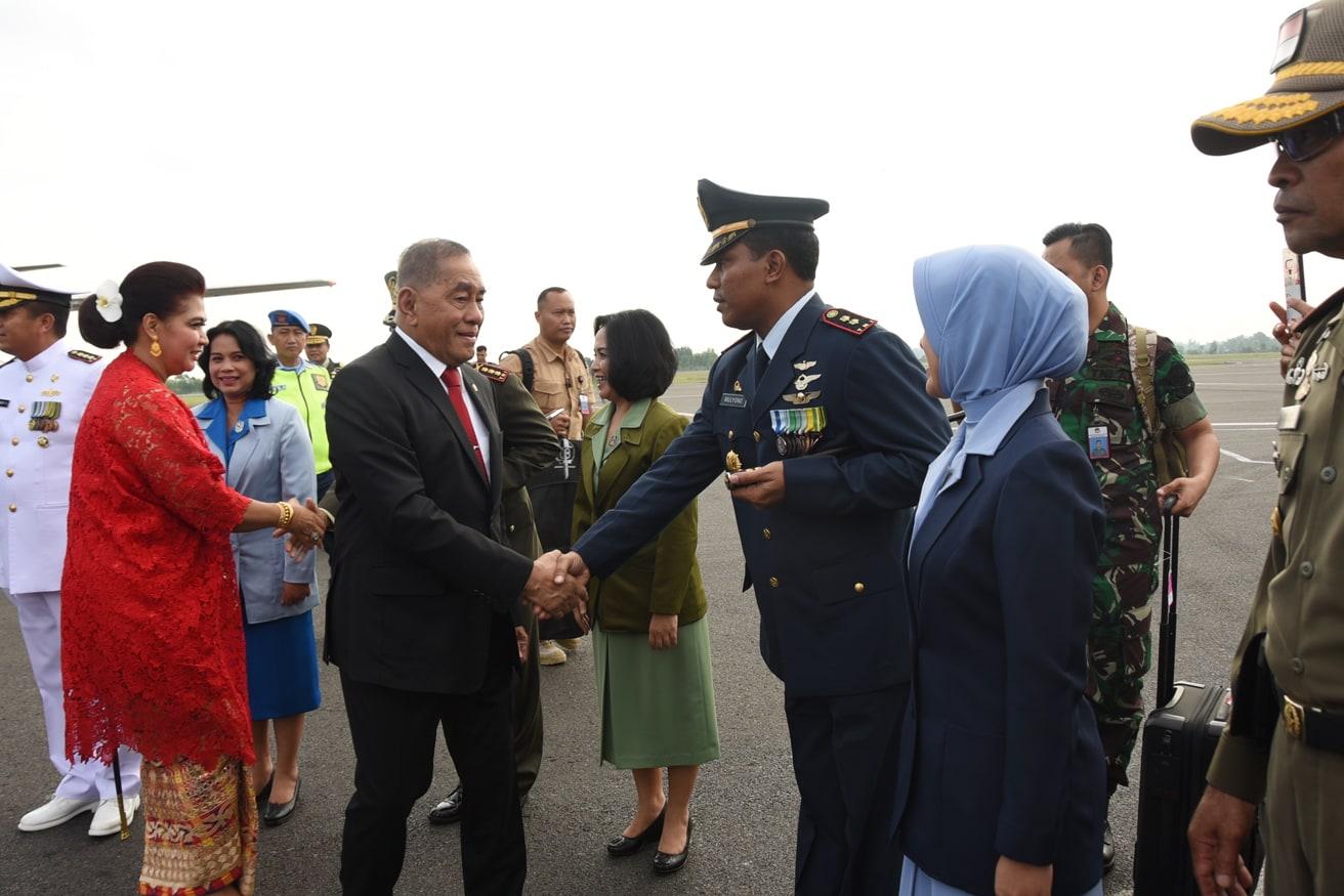 Danlanud Pangeran M. Bun Yamin Sambut Kedatangan Menhan Ryamizard Ryacududi Bandara Radin Inten II Lampung