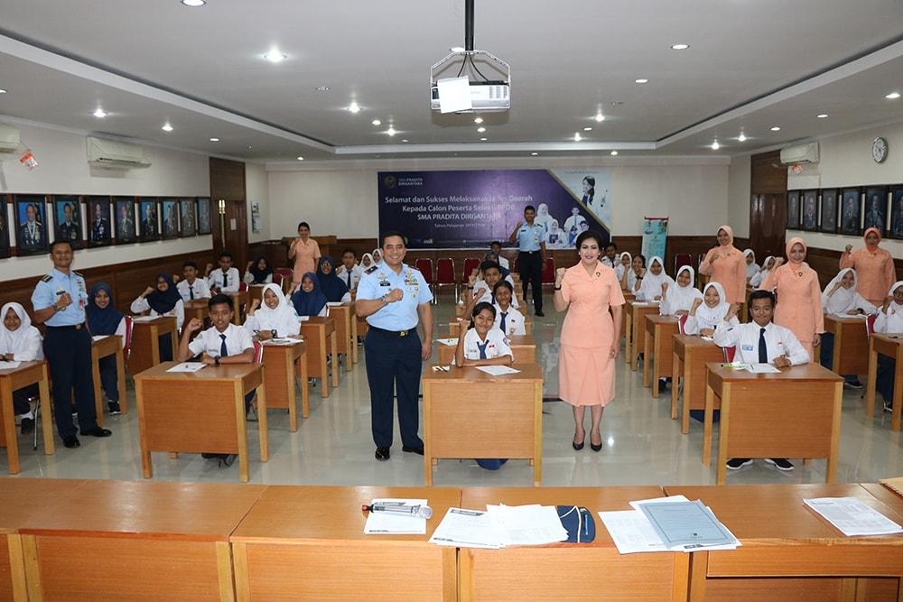 Kasau dan Ketua Umum Yasarini Teleconference Pantau Pelaksanaan Seleksi PPDB SMA Pradita