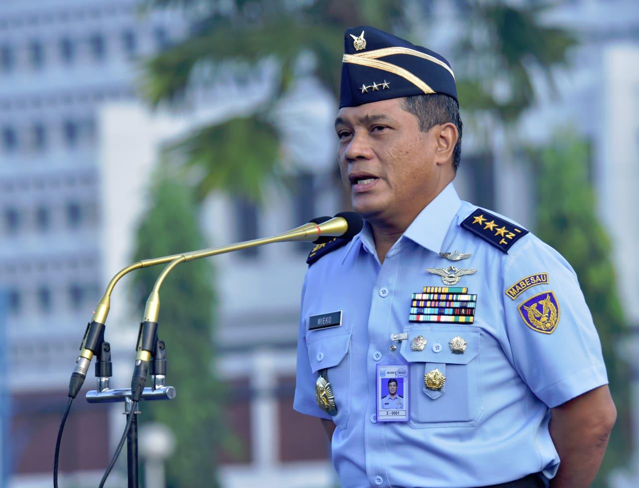 Pimpin Apel Khusus, Wakasau Apresiasi Kinerja Prajurit dan PNS TNI AU