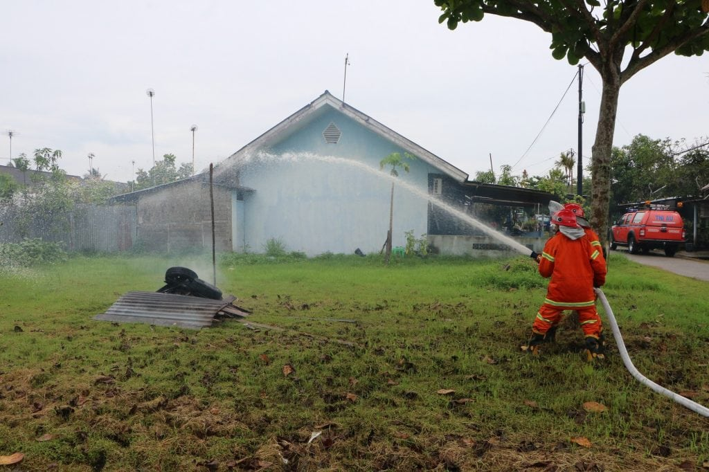 Lanud Supadio Gelar Latihan Penanggulangan Kebakaran