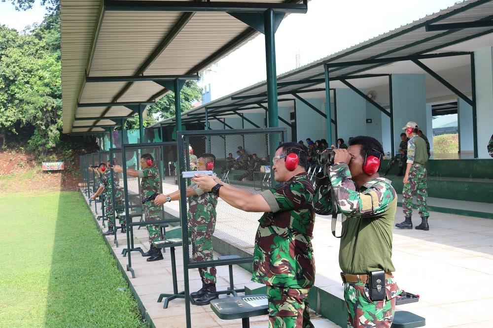 Asah Naluri Tempur, Personel Kosekhanudnas I Berlatih Menembak