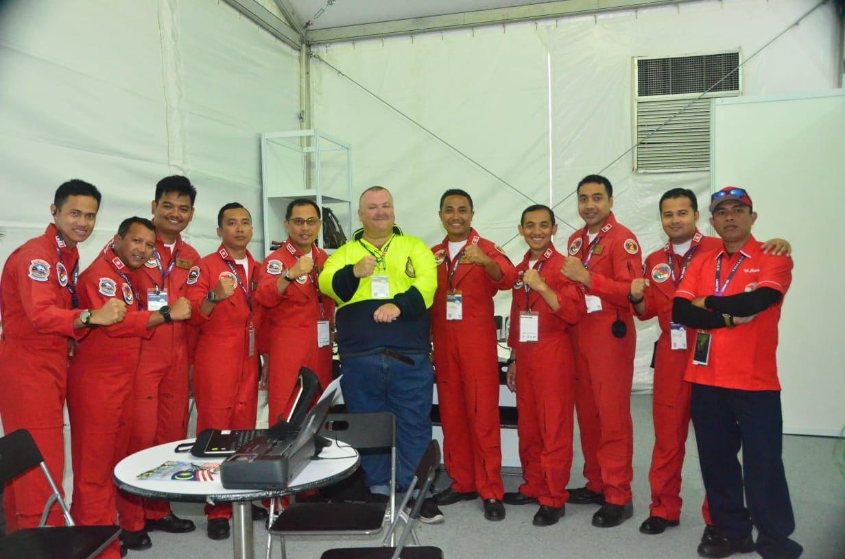Ajang LIMA 2019 Tanda Tangan Pilot JAT Jadi Buruan Pengunjung