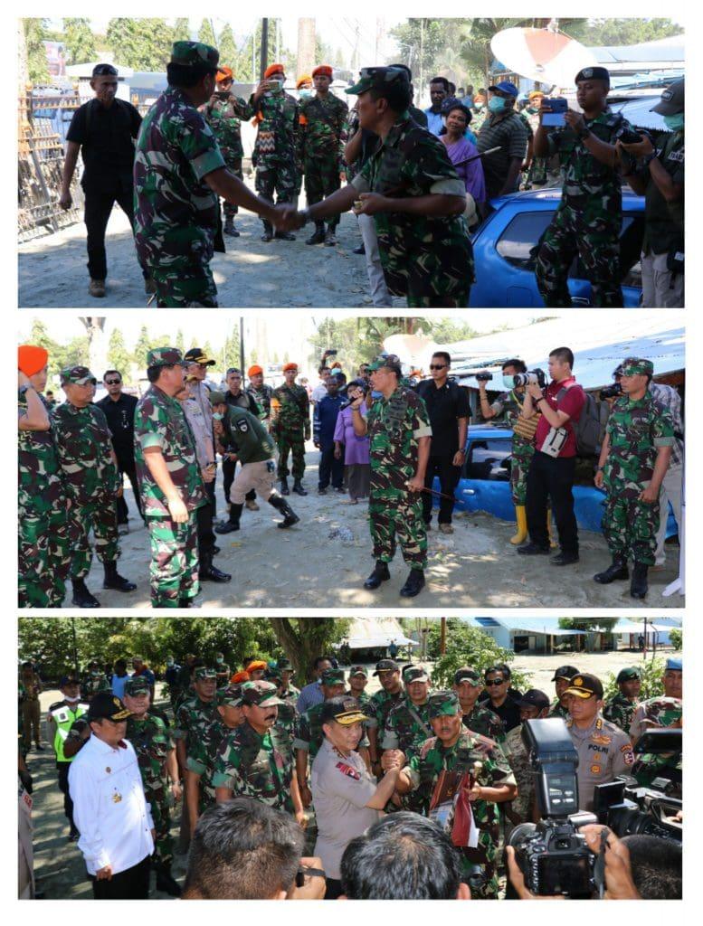 Panglima TNI dan Kapolri Tinjau Lokasi Banjir Bandang