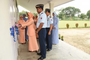 Peresmian Laboratorium IPA SMP Angkasa Lanud Pangeran M. Bun Yamin