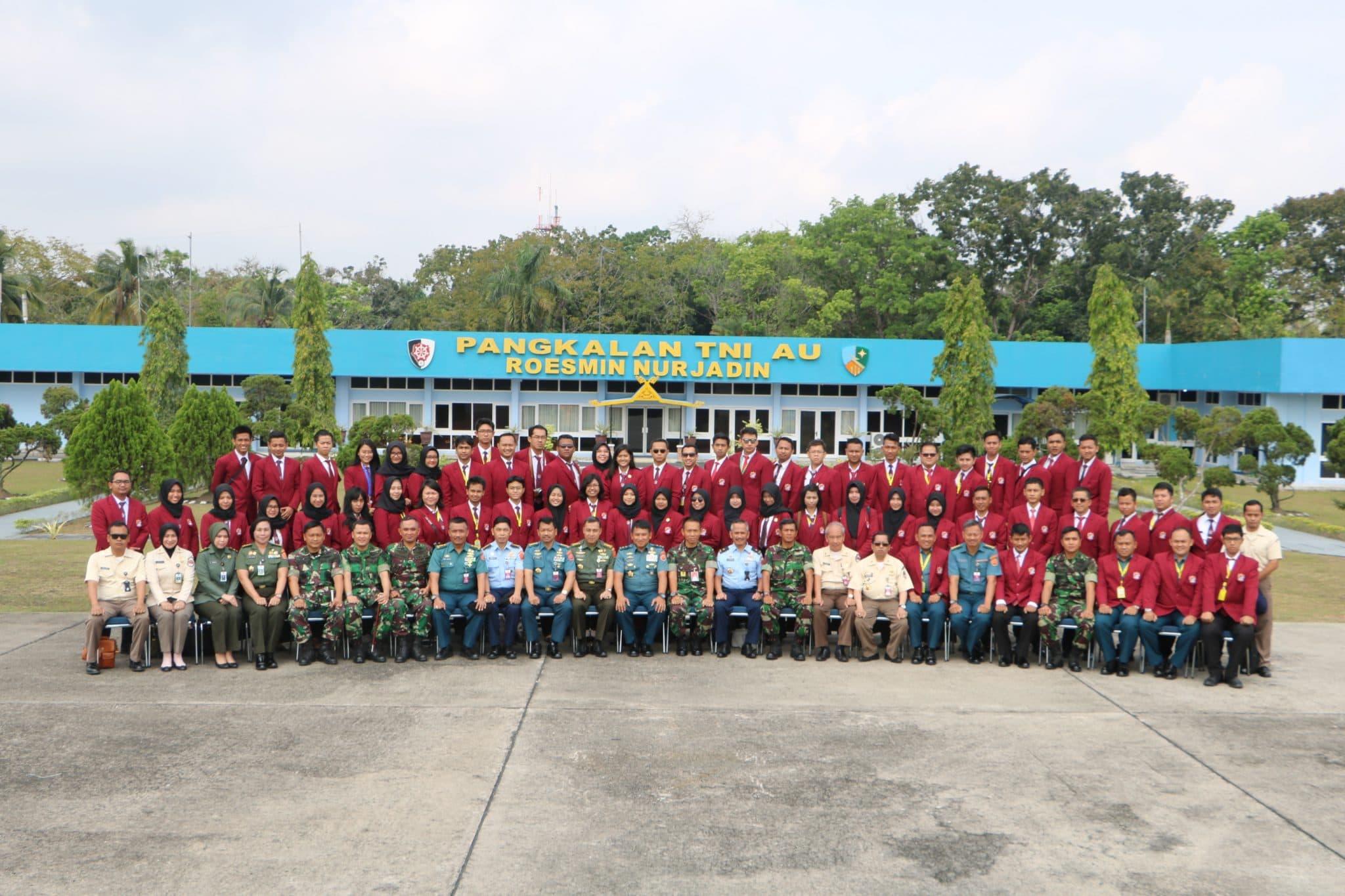 Danlanud Rsn Terima Kunjungan Mahasiswa KKDN Universitas Pertahanan