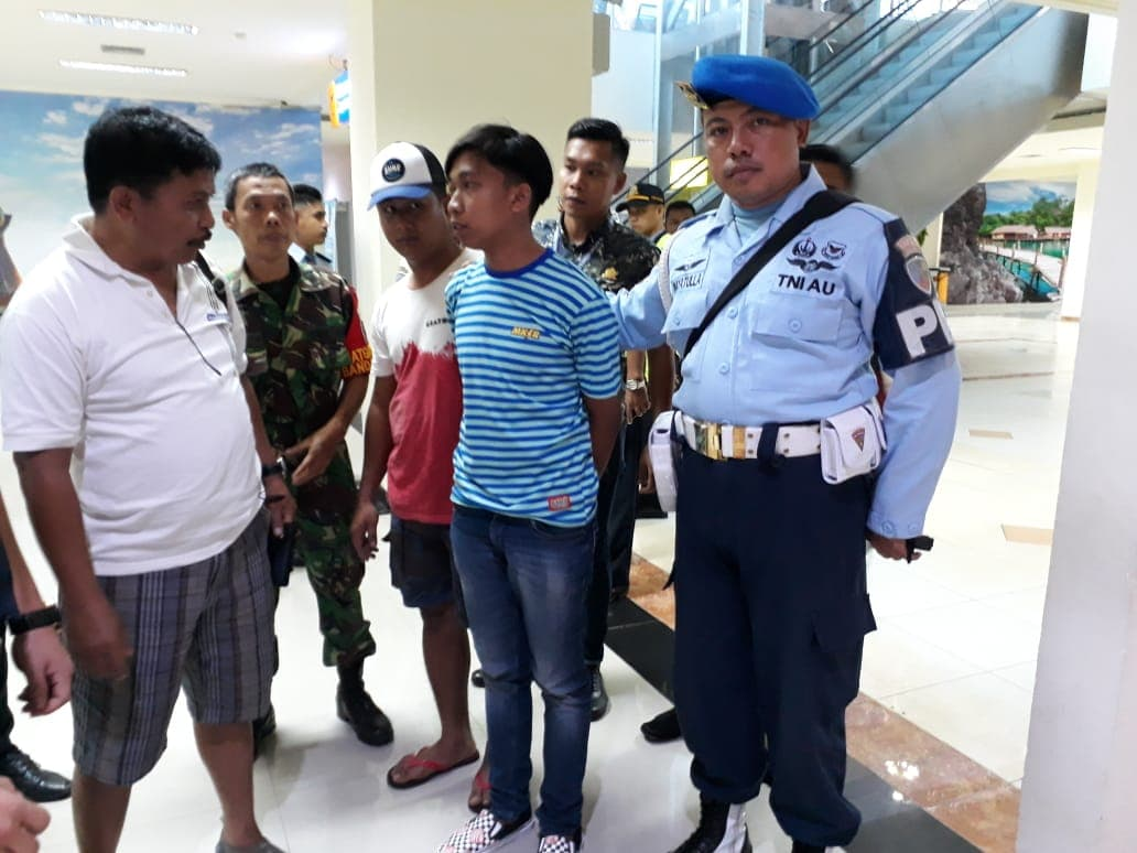Penangkapan Kurir Sabu-Sabu seberat 250 Gram dari Makassar di Bandara Haluoleo