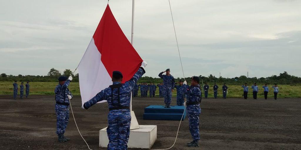 Upacara Bendera 17 an di Lanud D. Dumatubun