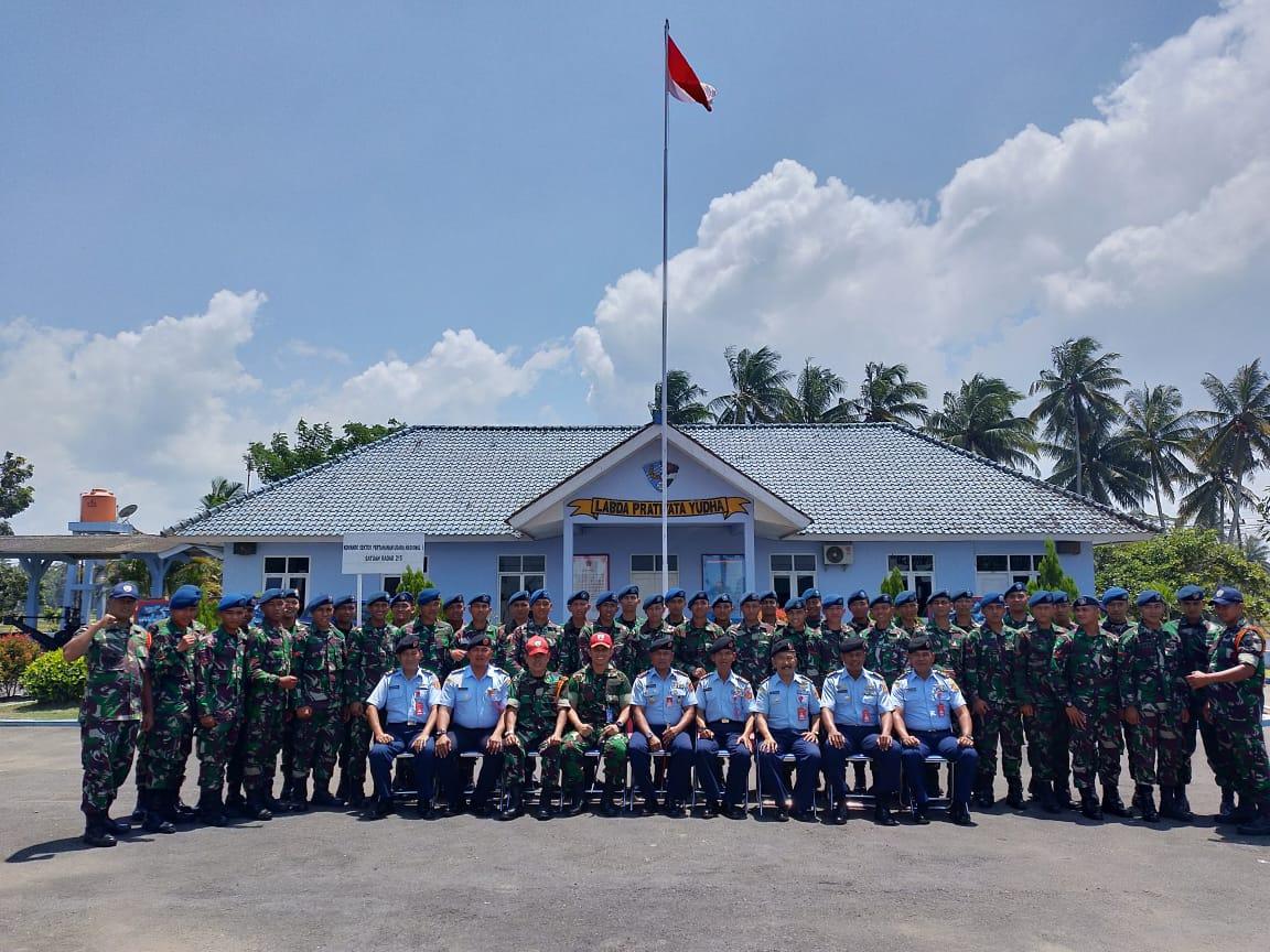 Penutupan Latihan Praktis Siswa Sejursarta Radar A-33 di Satrad 215 Congot