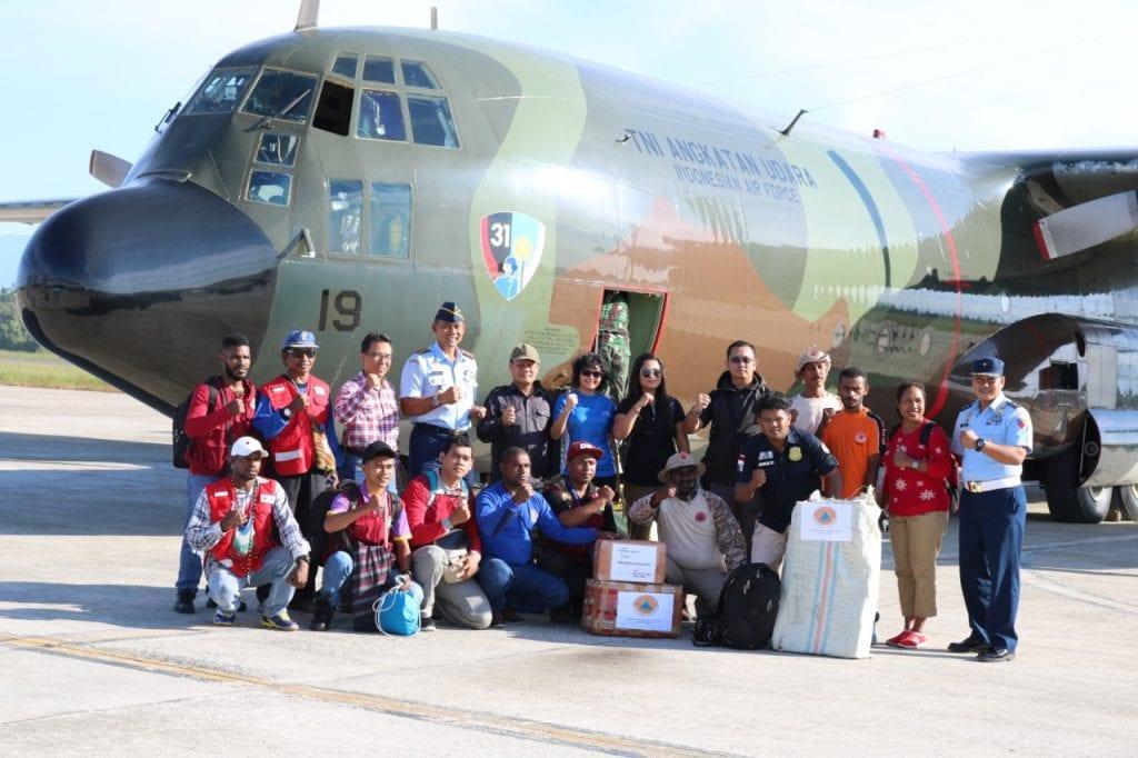 Pengiriman Bansos Pemda Mimika Gunakan Pesawat Hercules TNI AU