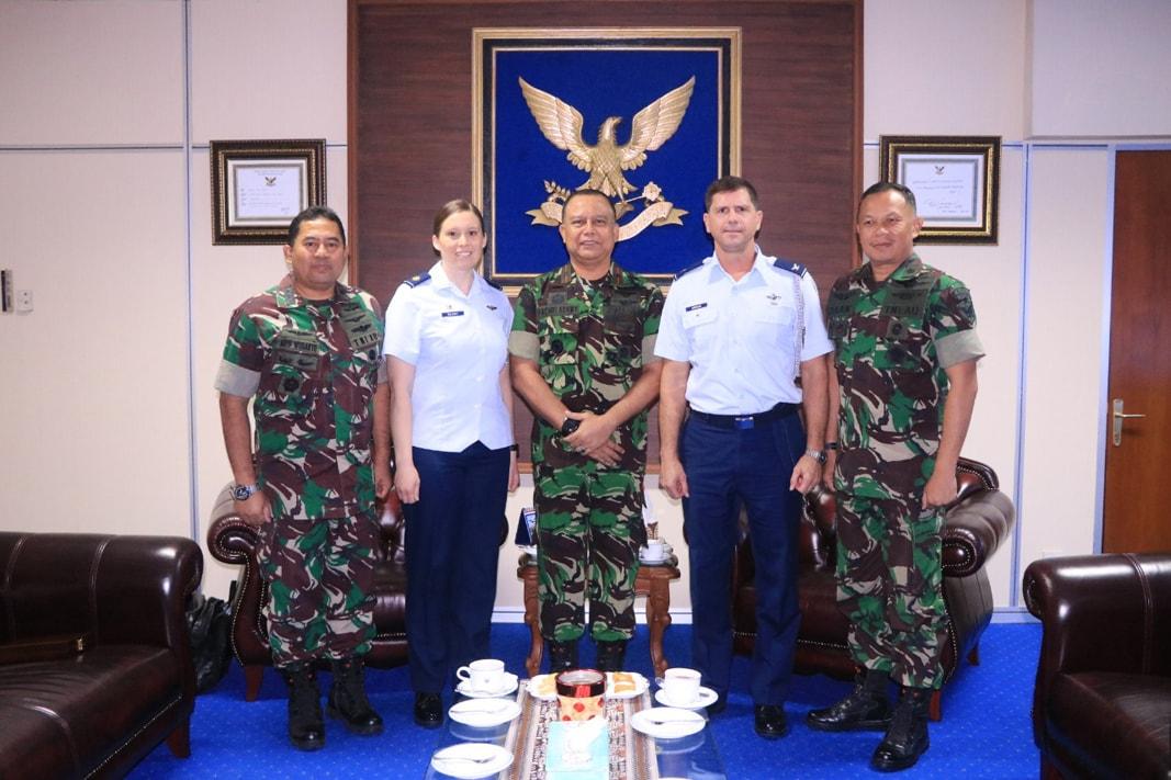 Wakil Gubernur AAU Terima Kunjungan Delegasi US Air Force Academy