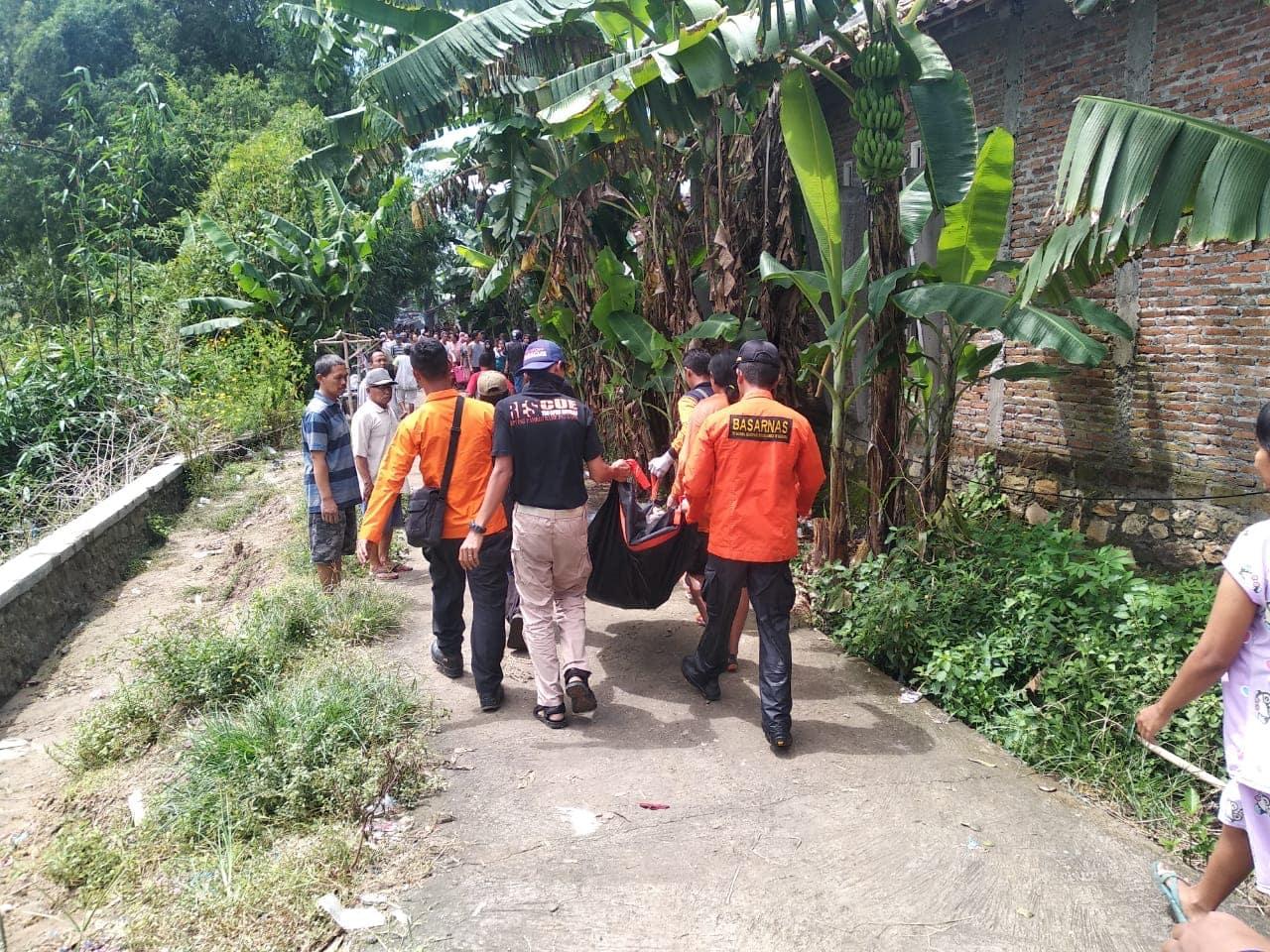Operasi Tim SAR HNC Lanud Smo di Juwiring Klaten