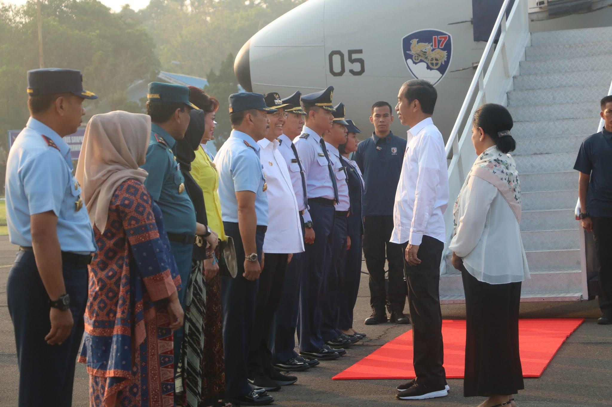 Pesawat Yang Digunakan Presiden RI Take Off Dari Lanud Soewondo