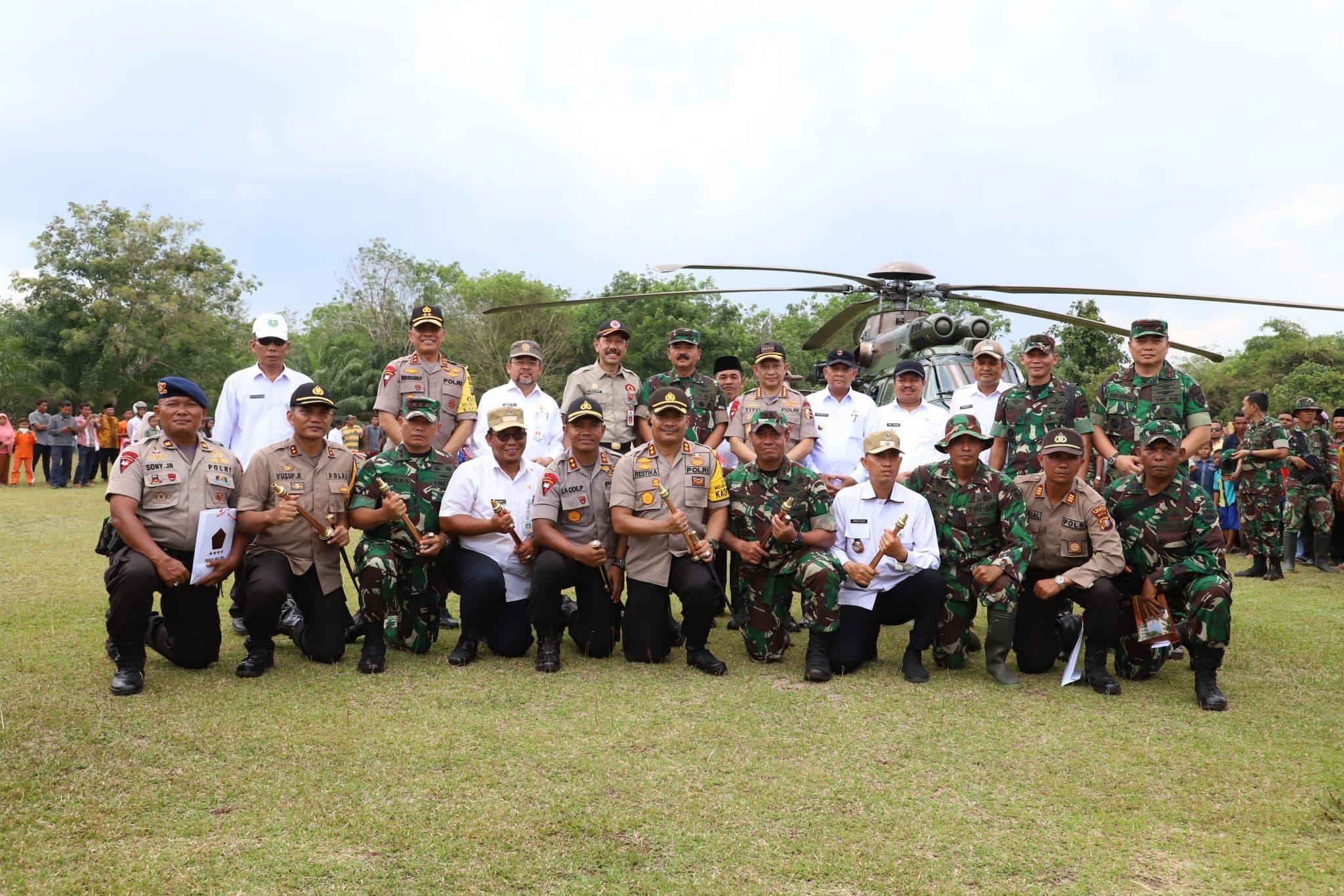 Panglima TNI dan Kapolri Tinjau Lokasi Karhutla di Pulau Rupat