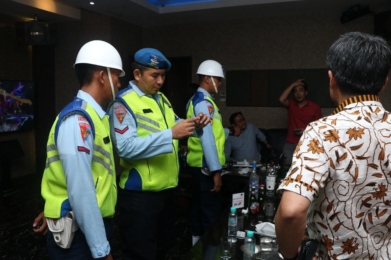Operasi Gaktib Gabungan 2019, Satpomau Lanud Halim Perdanakusuma Razia Tempat Hiburan Malam