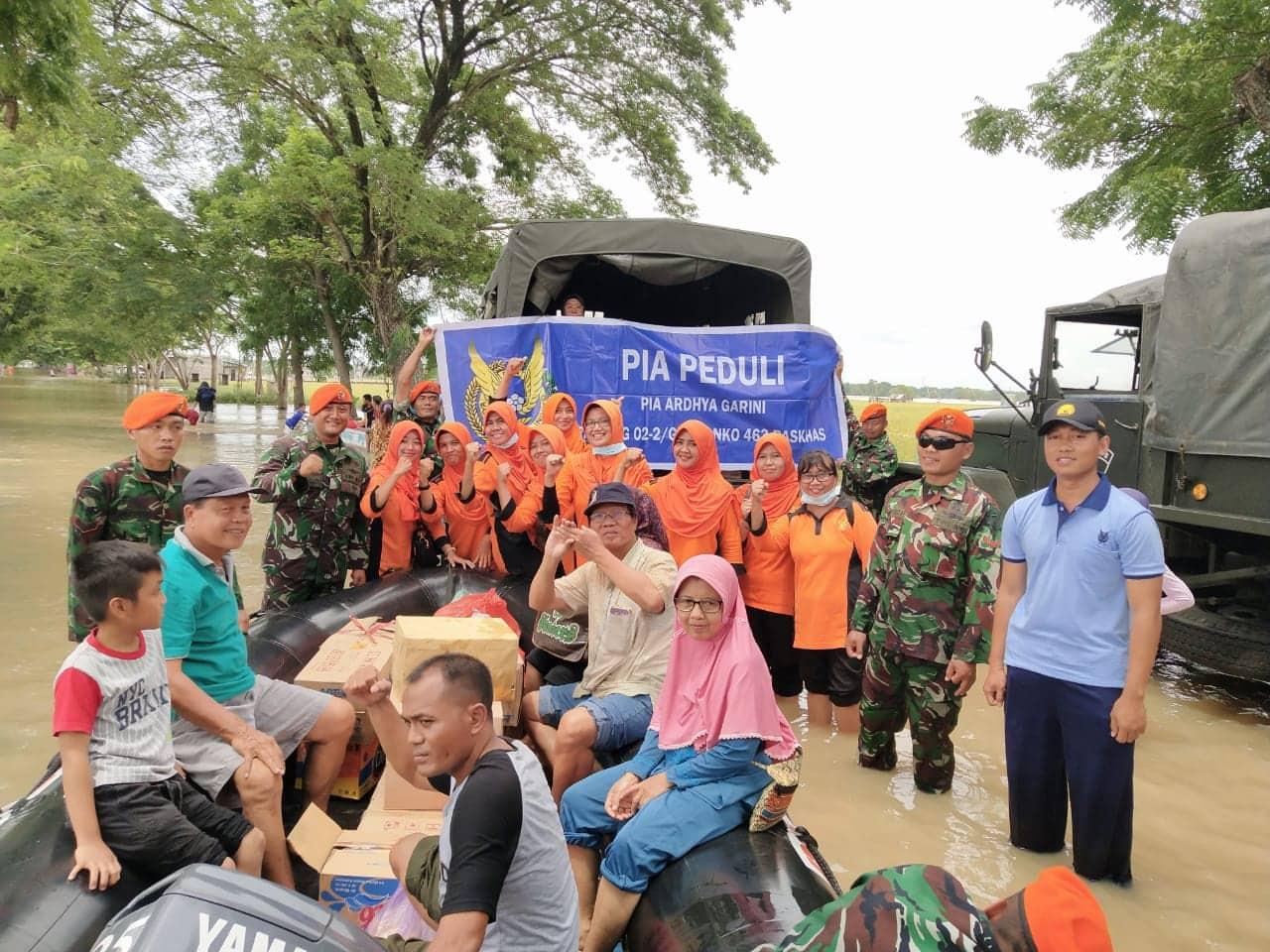 Danyonko 463 Paskhas, Ikut Bagikan Dukungan Logistik di Dinden Kab. Ngawi