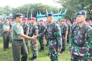 Prajurit Lanud Sutan Sjahrir Ikuti Apel Siap Gerak Pasukan di Lapangan Imam Bonjol Padang