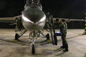 Pesawat F 16 dan T50i, Latihan Pengeboman Malam